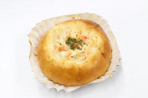 マリネ風チキンとポテトサラダのパン①